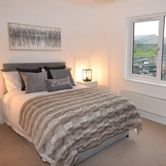 Thumbnail - The same bedroom (after) - Clepington Road Showhome
